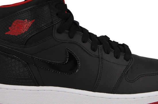 BUTY AIR JORDAN 1 RETRO HIGH BG 705300 021